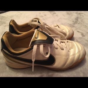 Nike Kids Soccer Cleats Size 12C Gold/Ivory